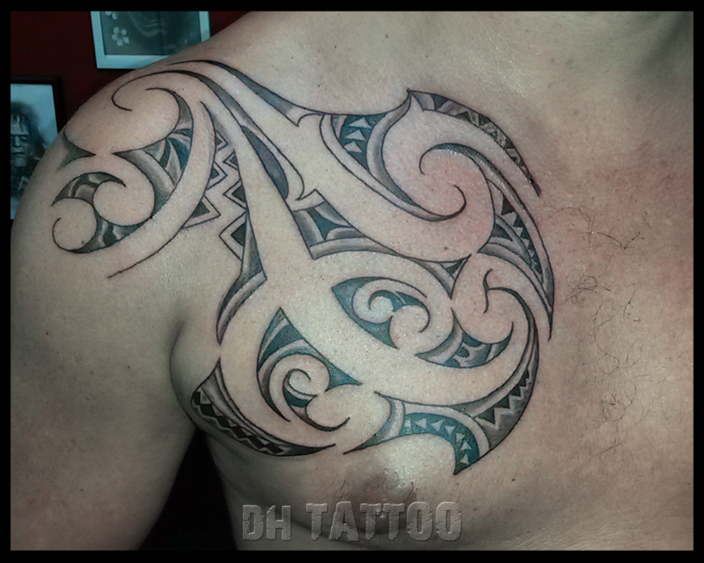 maori brust tattoo a turtle tattoo design in maori style. Black Bedroom Furniture Sets. Home Design Ideas