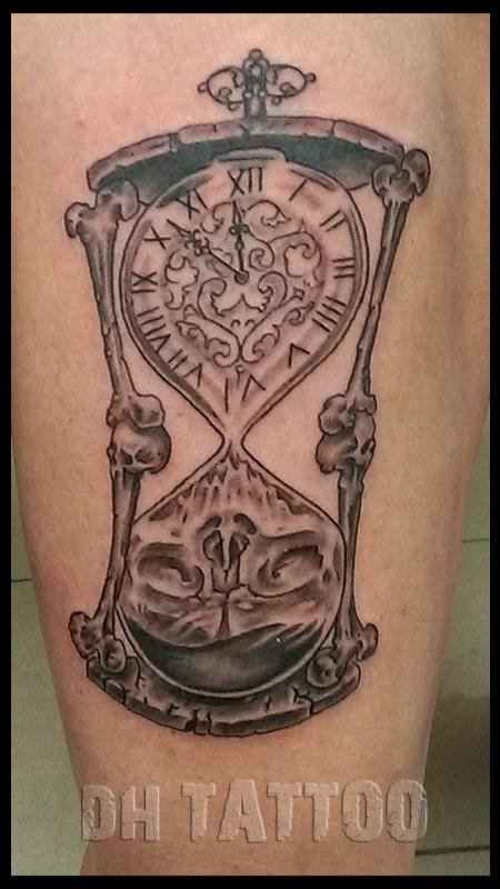 tattoo mit uhr die 25 besten ideen zu uhren tattoos auf pinterest tattoo uhr mit rosen. Black Bedroom Furniture Sets. Home Design Ideas