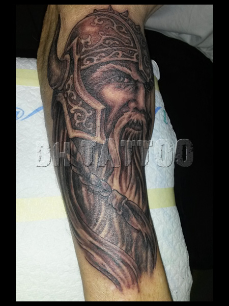 wikinger keltisch tattoos tattoo motive dh. Black Bedroom Furniture Sets. Home Design Ideas